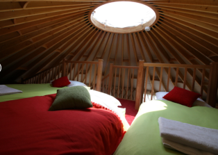 Upstairs Bedroom - sleeps 3